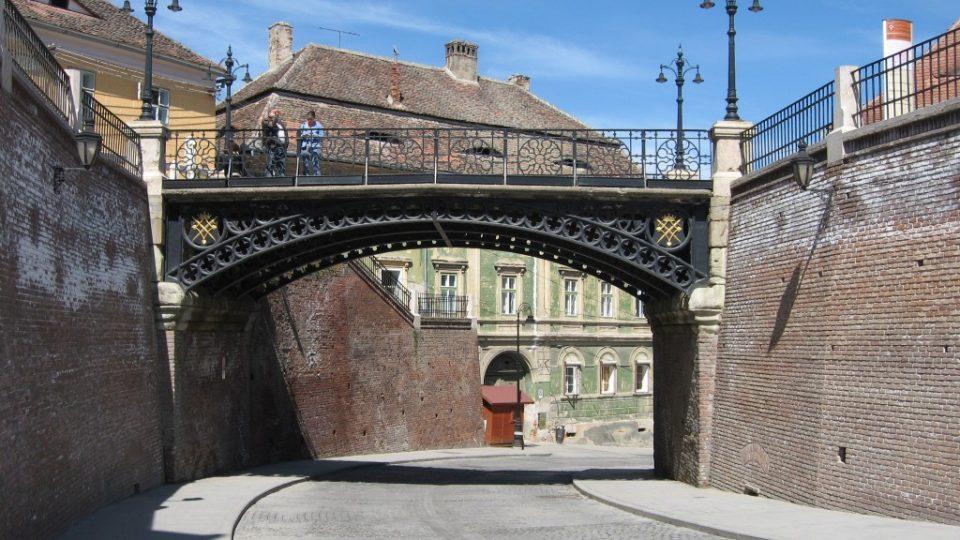 podul minciunilor – sibiu p1